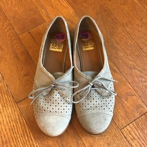 DV Dolce Vita Lace Up Suede Penny Loafers Sz 8 1/2